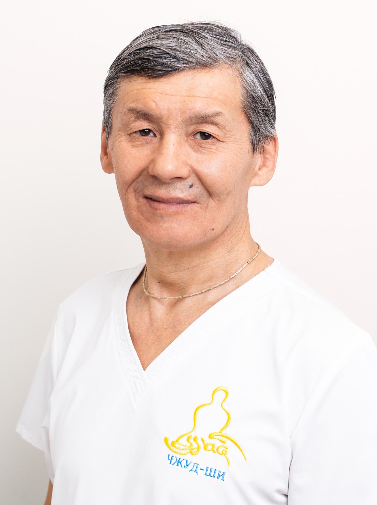 Ким Могзолов